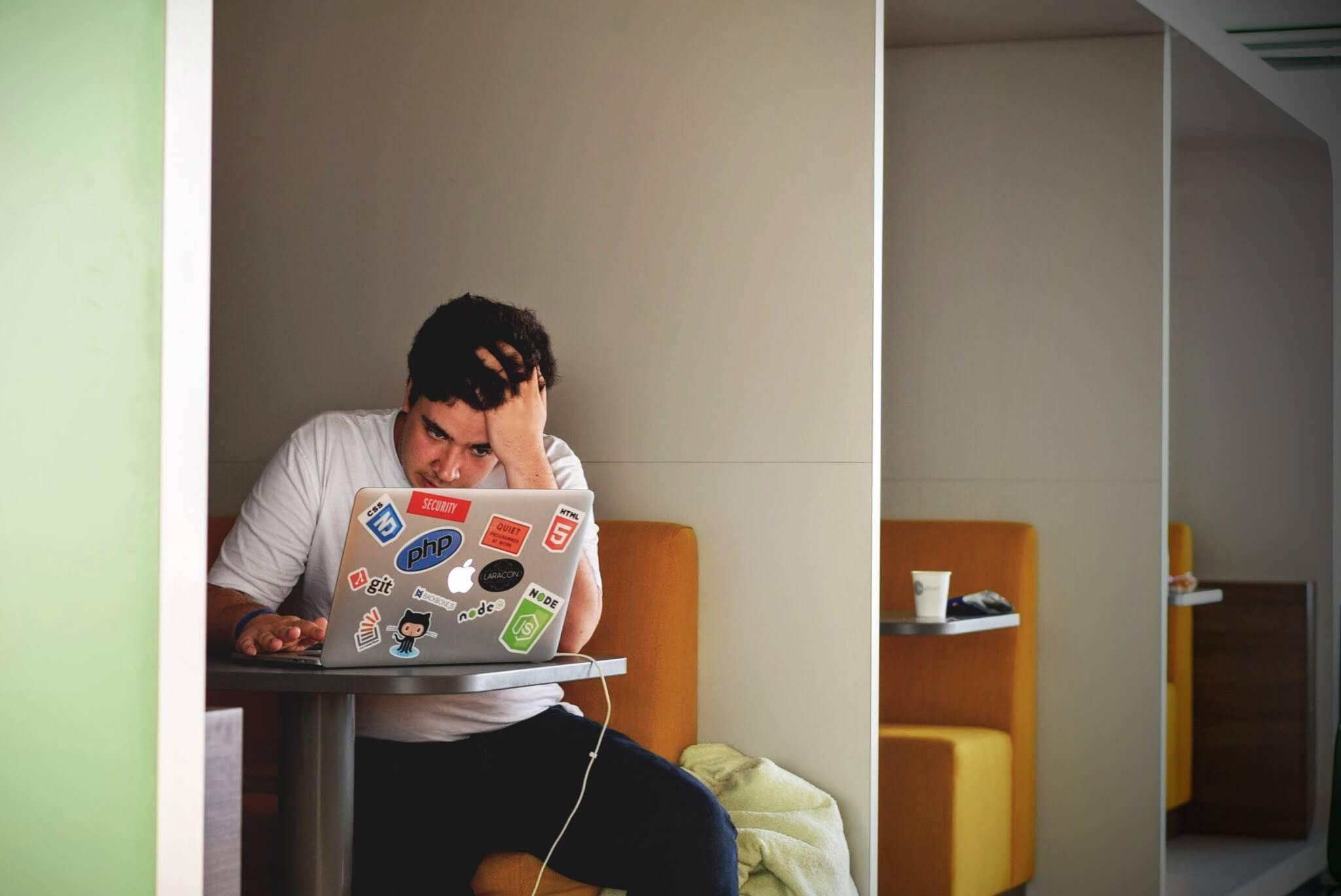 Anda Yakin Ingin Menjadi Full Time Blogger ?