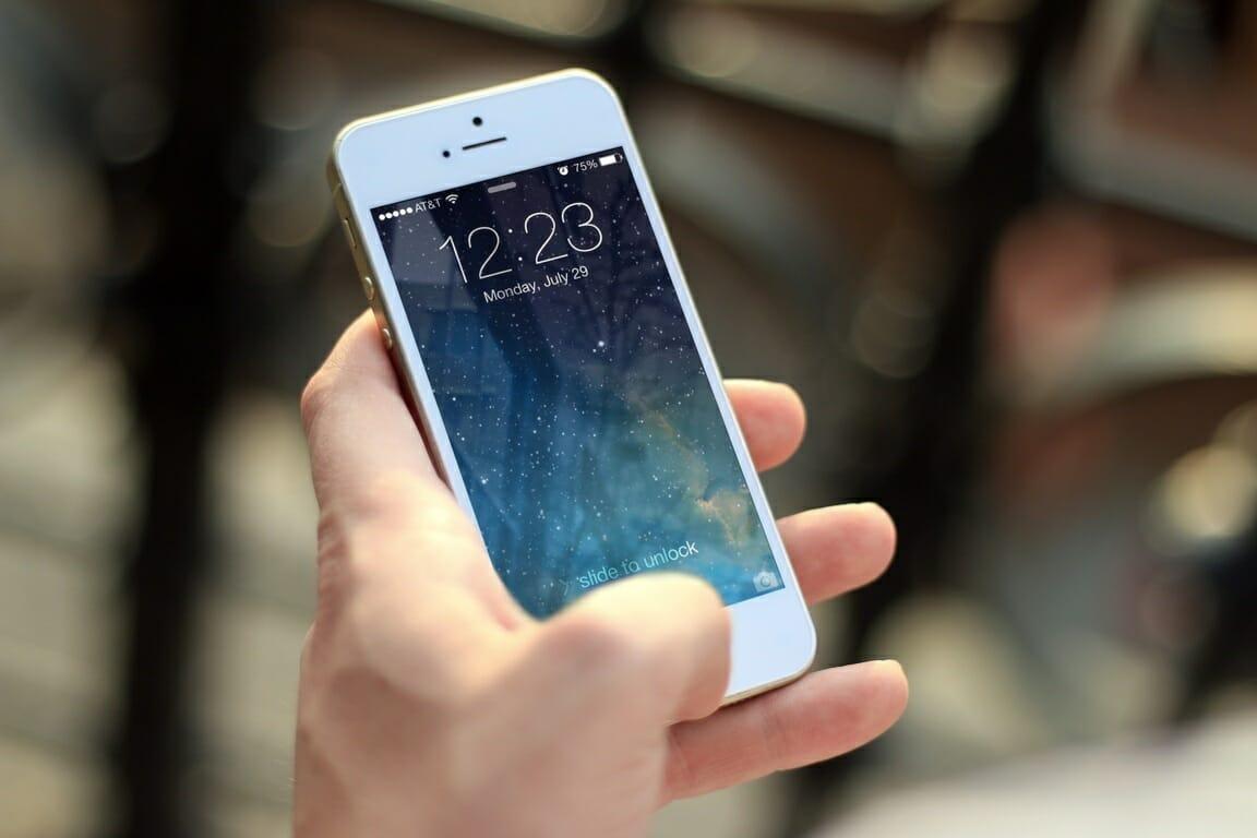 Mau Beli iPhone  Simak Dulu 6 Kelemahan iPhone - Indoworx 695f7b42d6