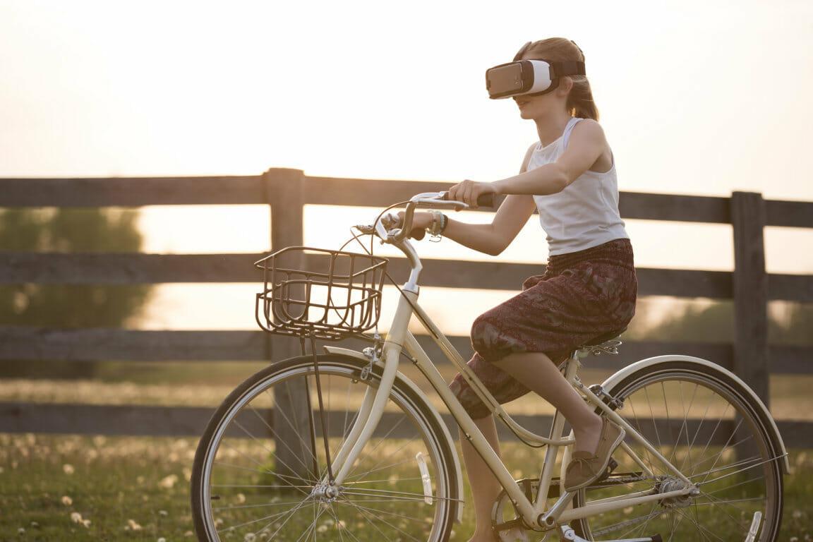 Perkembangan Virtual Reality, Teknologi Realitas Dunia Maya