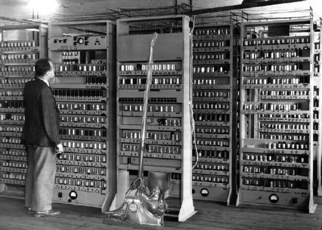 Begini Sejarah Panjang Perkembangan Komputer Dari Generasi Ke Generasi Indoworx