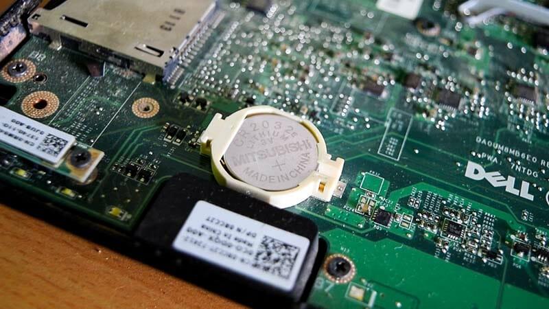 Mengenal CMOS, Komponen 'Baterai' Pada Komputer PC