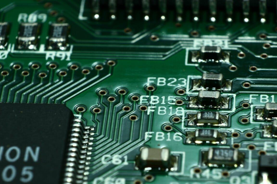 Jenis-Jenis Motherboard Komputer Beserta Pengertiannya